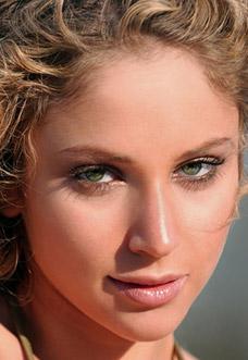 Natural Makeup Look by Renee Grubman